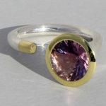 Art.-Nr. Ca- RS1375Z Silberring teilvergoldet | Open Swirll, 10 mm fac. Amethyst, 169,00€
