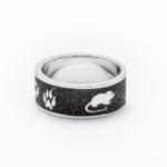 """Art.-Nr. DUR-4689 Bandring """"Sandkatze"""" mit Katzentatzen, Wollknäuel und Maus eingearbeitet in Lavasand und gefasst in poliertem und rhodiniertem 925er Sterling-Silber, auch in Gr. 62 erhältlich, ab 98,00€"""