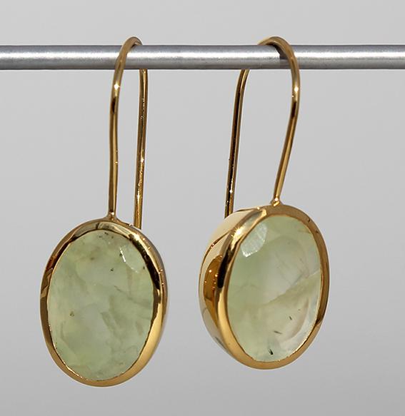 Art.-Nr. Ca-ES1201PR Silberohrhänger vergoldet mit Prehnit, ca. 14x10 mm fac. Prehnit, 139,00€