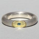 Art.-Nr. Ca- RS1617TL Silberring vergoldet mit Topas london blue | Lula big,5 mm; Ø2mm Topas london blue, 95,00€