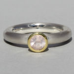 Art.-Nr. Ca- RS1602Q Silberring teilvergoldet mit Rosenquarz | Strack round, Ø5mm fac, 79,90€