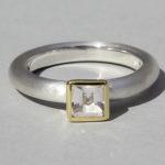 Art.-Nr. Ca-RS1600B Silberring teilvergoldet mit Bergkristall | Strack big, 5x5mm fac, 79,00€