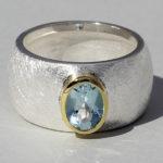 Art.-Nr. Ca- RS1626T Silberring teilvergoldet mit Topas | Golan oval, Ø8x6mm, 139,00€