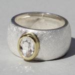 Art.-Nr. Ca- RS1626B Silberring teilvergoldet mit Bergkristall | Golan oval, Ø8x6mm, 139,00€